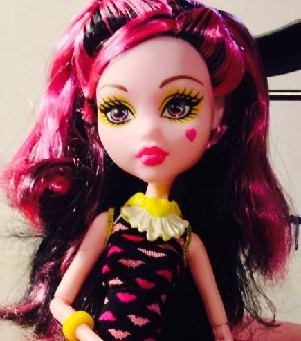 Кукла Monster High Дракулаура Крипатерия
